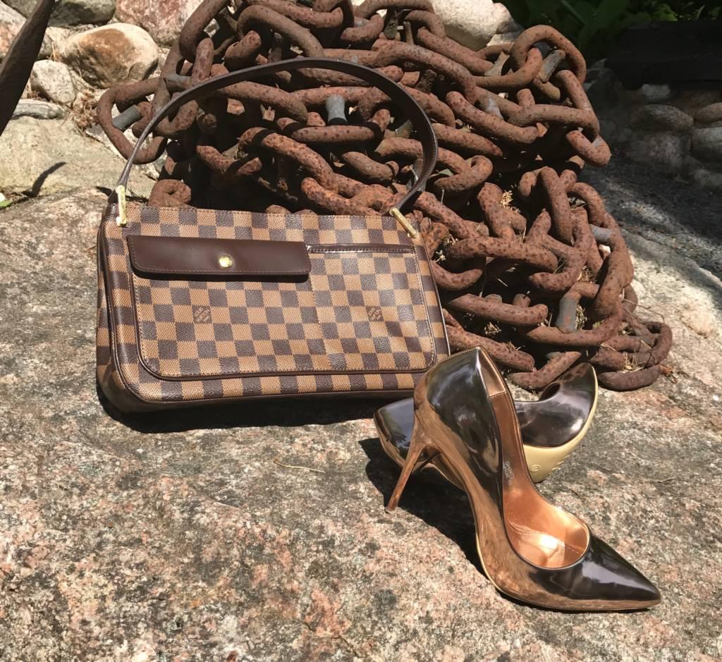 Vuitton Käsilaukku : K?silaukku antiikkiliike wanha elias